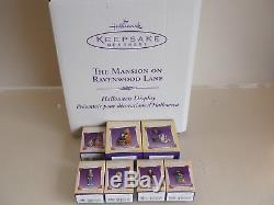 2004 Hallmark The Complete Set Mansion On Ravenwood Lane & 7 Ornaments Halloween