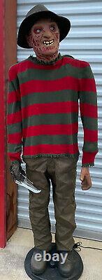 2005-2006 Gemmy FREDDY KRUEGER Life Size Animated Halloween Figure NEEDS REPAIR