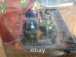 2013 Lemax Spooky Town Collection Halloween #33021 Jack In The Box Evil Clowns
