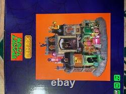 BRAND NEW 2021 Lemax Spooky Town The Horrid Haunted Hotel Halloween Village
