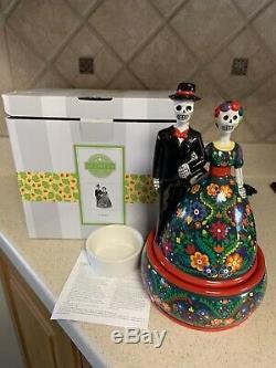 Calaca Scentsy Warmer Skull Bride & Groom. Halloween Dia De Los MuertosRare