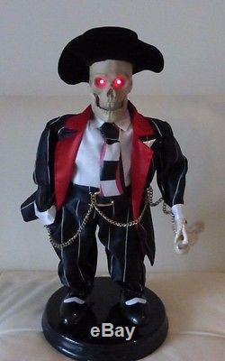 Gemmy Industries Animated Halloween Skeleton 17 1/4 High