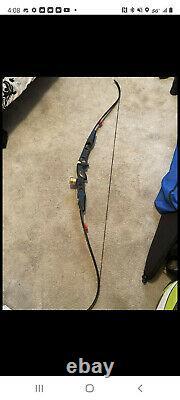 Gillo 2 23 Riser with Uukha Long Limbs bow