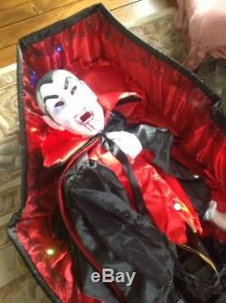 Grandin Road 5 Rising Vampire In Coffin Halloween Decoration Prop AS IS