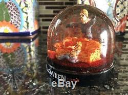 Halloween 20th Anniversary Bloody Snow Globe Michael Myers #06873