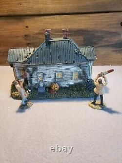 Hawthorne Village Texas Chainsaw Massacre The Hewitt House With Figurines /coa