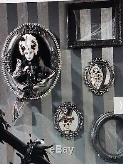 Katherine's Collection Countess Frame Halloween Vampire Family Portrait Retired