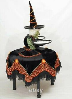 Katherine's Collection Witch Cupcake Holder 37 x 45 28-128272 NEW FOR 2021