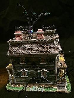 LEMAX Spooky Town Halloween Dry Gulch County Jail Morbid Manor Skeleton Gazebo +