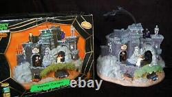 LEMAX Spooky Town Vampire Caverns WORKS Animation Lights Sounds Retired