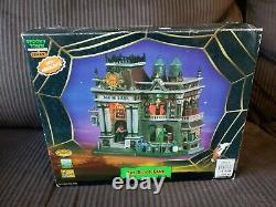 Lemax Animated Musical Spooky Town Blood Bank 55239 Retired