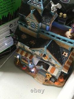 Lemax Halloween Black Cauldron Bootique Village Building Spooky Town Collecti