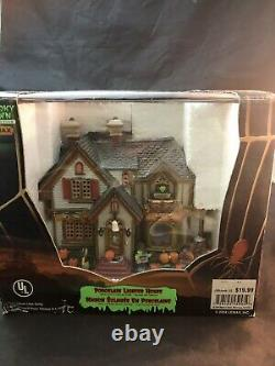 Lemax Spooky Town Collection Halloween Party Porcelain Lighted House #45005