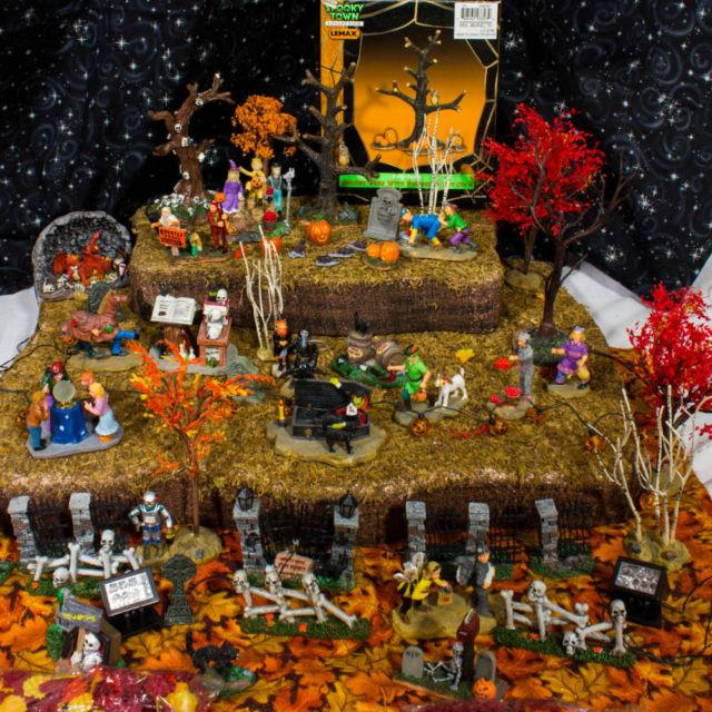Lemax Spooky Town Huge 50+ Piece Lot Trick Or Treaters Halloween Figurines Trees