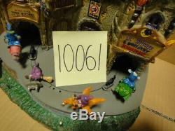 Lemax Spooky Town Lil' Witches & Warlocks Nightcare #45670 As-Is 10061