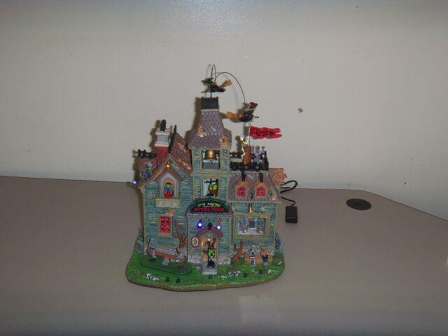 Lemax Spooky Town Little Monsters' School House Lights Sounds