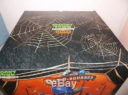 Lemax Spooky Town Oct-o-squeeze #84800 Halloween Carnival Ride Village Rare