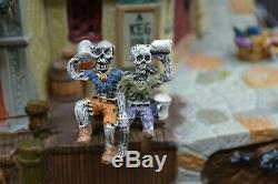 Lemax Spooky Town Pirate Pub and Grub Works! See Video Original Box