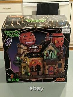 Lemax Spooky town Ghoulish Gourd pub and grill