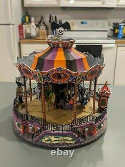 Lemax Spooky town scare-ousel scare ousel