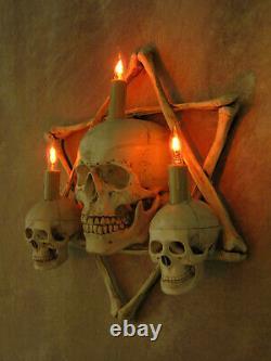 Lighted 3 Skull Sconce, Hexagram Bone Frame, Halloween Prop Skulls/Skeleton, NEW