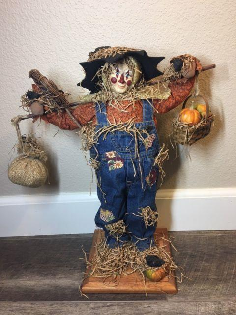 Lynn Haney Scarecrow 1999 Punkin Patches Style #1939 Used- Pumpkin Patch