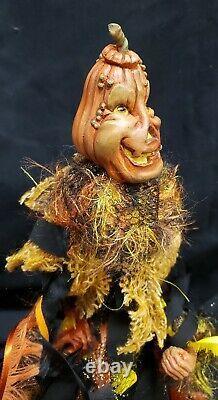 Morgue Sale Katherine's Collection Pumpkin Carver Creature Retired 2011 Mint