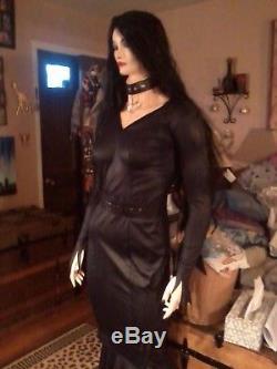 Morticia Addams Vampire Vampira Lifesize Mannequin Halloween Prop Zombie Prop