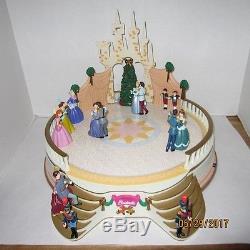 Mr Christmas Cinderella Ball Plays 50 Songs Works Display Walt Disney Dancing