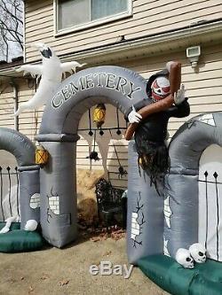 Rare 2008 Inflatable 10 Ft Halloween Cemetery Gateway Scene Lights Sounds Gemmy