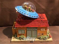 The Simpsons Halloween Hawthorne Village, Kwik-E-Mart