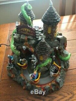 Tunnel Of Terror Retired Lemax Spooky Town Very Very Good Condition