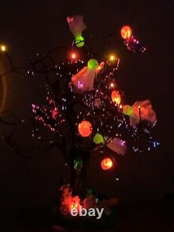 Vintage Avon Fiber Optic Halloween Tree. Ghosts / Pumpkins / Bats With Sound