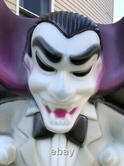 Vintage Empire Blow Mold Dracula Vampire Villian Plastic Lighted Halloween 36