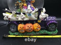 Vintage Halloween Ghoul Mobile Snowglobe Ghostbusters LE 5000